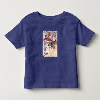 Camiseta Infantil Atenção que obtem o design do artista do t-shirt