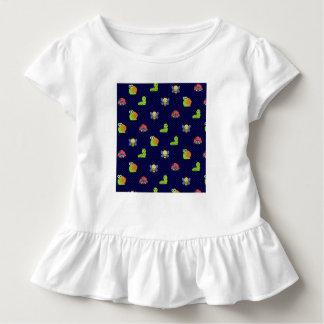 Camiseta Infantil bolinhas da abelha do caracol da lagarta do inseto