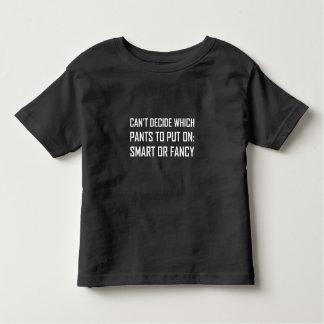 Camiseta Infantil Calças espertas ou extravagantes