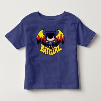 Camiseta Infantil Chibi Batgirl com skyline & logotipo de Gotham