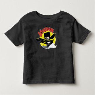 Camiseta Infantil Chibi Batman no Batmobile