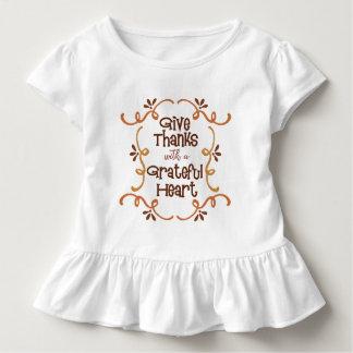Camiseta Infantil Dê obrigados com um coração grato