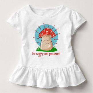 Camiseta Infantil desenhos animados engraçados do cogumelo irritado