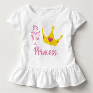 Camiseta Infantil É duro ser uma princesa Coroa Coração Rainha