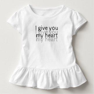 Camiseta Infantil Eu dou-lhe meu coração Lm