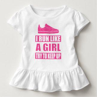 Camiseta Infantil Eu funciono como uma menina