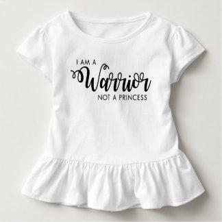 Camiseta Infantil Eu sou um guerreiro não uma princesa Criança