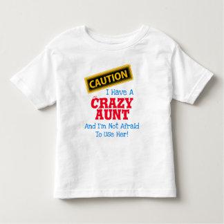"""Camiseta Infantil """"Eu tenho uma tia louca e eu não estou receoso… """""""