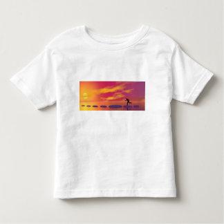 Camiseta Infantil homem de negócios que funciona no cinza das etapas