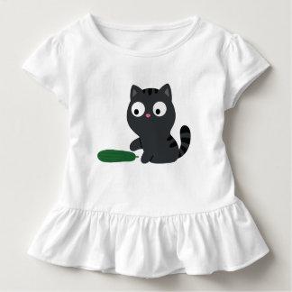 Camiseta Infantil Ilustração do gatinho e do pepino