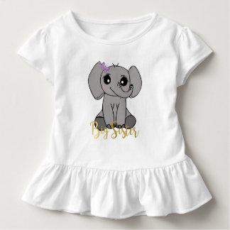 Camiseta Infantil Irmã mais velha, rotulação nova do ouro do falso