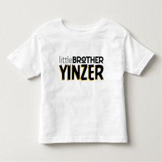 Camiseta Infantil Irmão mais novo Yinzer