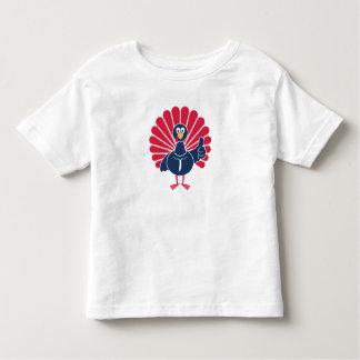 Camiseta Infantil Kevin que a Turquia manuseia acima do miúdo e do
