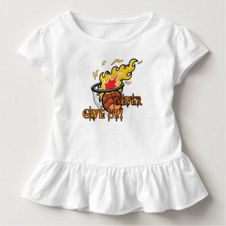 Camiseta Infantil Nunca dê acima a hebraicos o capítulo 11