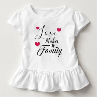 Camiseta Infantil O amor faz uma família - adopção da assistência