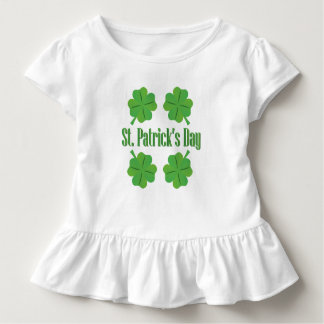 Camiseta Infantil O dia de Patrick com trevo