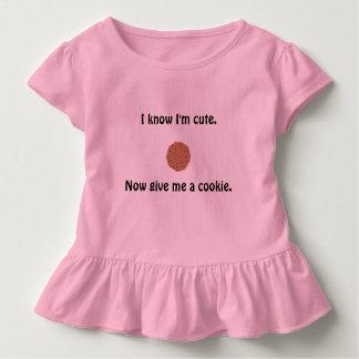 Camiseta Infantil O t-shirt ruffled da menina Sassy