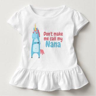 Camiseta Infantil O unicórnio cor-de-rosa e azul Sassy está