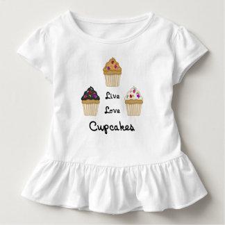 Camiseta Infantil Os cupcakes vivem amor