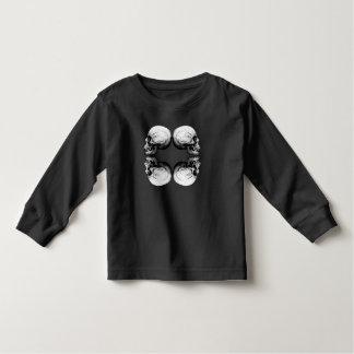 Camiseta Infantil Ossos protetores preto e branco do crânio X4 do