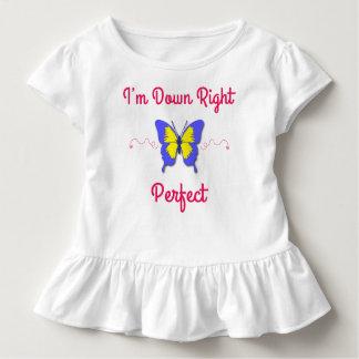 Camiseta Infantil Para baixo direito aperfeiçoe, borboleta de