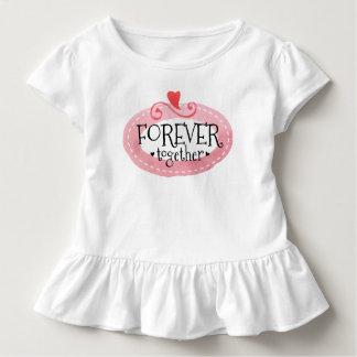 Camiseta Infantil Para sempre junto T do plissado do dia dos
