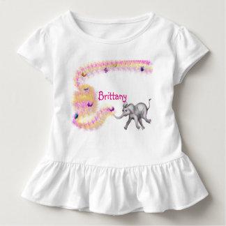 Camiseta Infantil Perseguindo borboletas pelos Feliz Juul Empresa