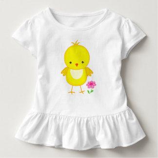 Camiseta Infantil Pintinho bonito com flor