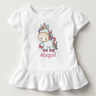 Camiseta Infantil Presentes personalizados do unicórnio de Abigail