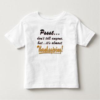 Camiseta Infantil Pssst… quase ACÇÃO DE GRAÇAS (preto)