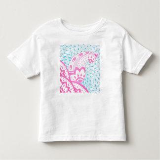 Camiseta Infantil rosa e doodle azul