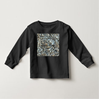 Camiseta Infantil Seixos na fotografia da pedra da praia