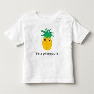 Camiseta Infantil Seja um suporte do abacaxi alto seja doce