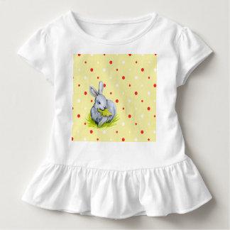 Camiseta Infantil T branco bonito do plissado da criança dos coelhos