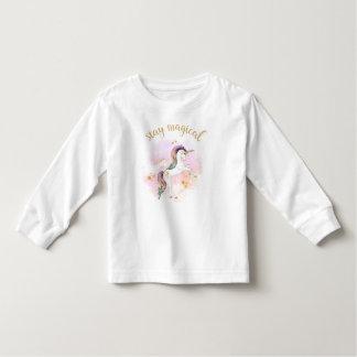 Camiseta Infantil T mágico do unicórnio do arco-íris da estada