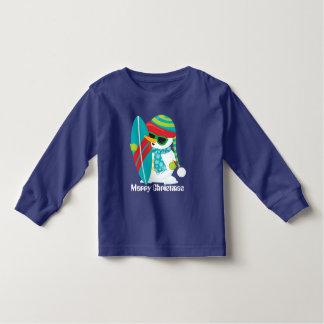 Camiseta Infantil T-shirt surfando da criança do boneco de neve da
