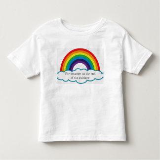 Camiseta Infantil Tesouro na extremidade do arco-íris. T dos miúdos