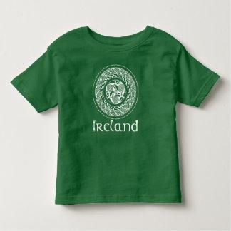 Camiseta Infantil Teste padrão irlandês do medalhão de Knotwork do