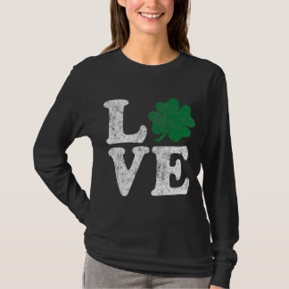 Camiseta Irlandês do trevo do AMOR do Dia de São Patrício