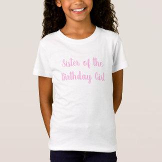 Camiseta Irmã do partido do Cursive do rosa da menina do