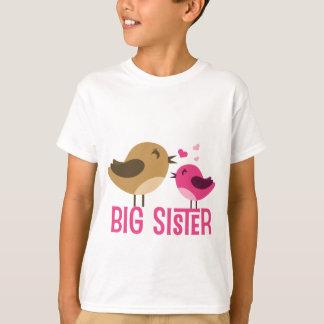 Camiseta Irmã mais velha com passarinhos
