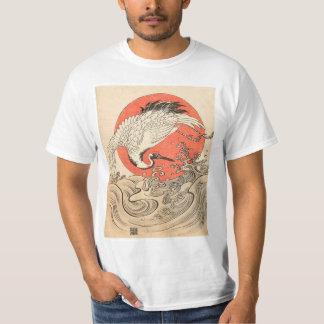 Camiseta Isoda Koryusai - guindaste, ondas e ascensão Sun