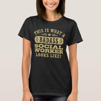 Camiseta Isto é que assistente social de Badass