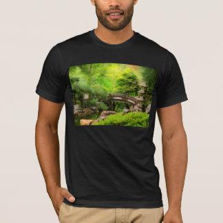 Camiseta Jardim japonês - água sob a ponte