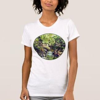 Camiseta Jardim japonês com ponte e córrego
