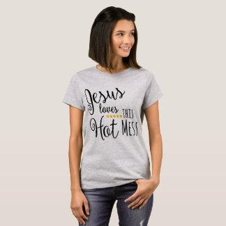 Camiseta Jesus ama esta confusão quente