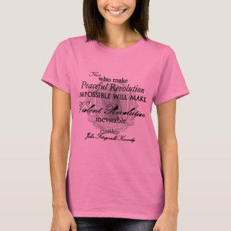 Camiseta JFK na revolução calma ou violenta