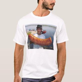 Camiseta JP com salsicha