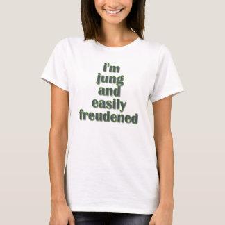 Camiseta Jung e facilmente Freudened