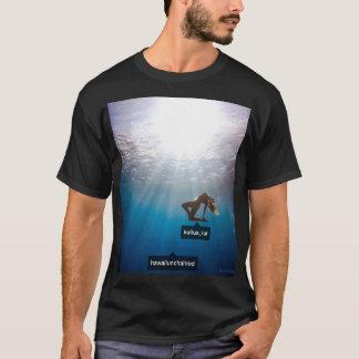 Camiseta Kailua Kat e edição de LatinoSensation